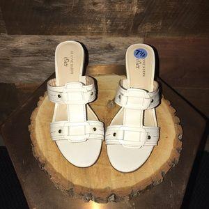 AK Anne Klein iflex sandals/heels 7.5